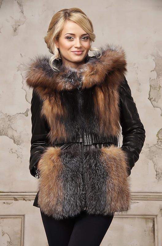 Меховой жилет из лисы с капюшоном — «Ателье по коже»