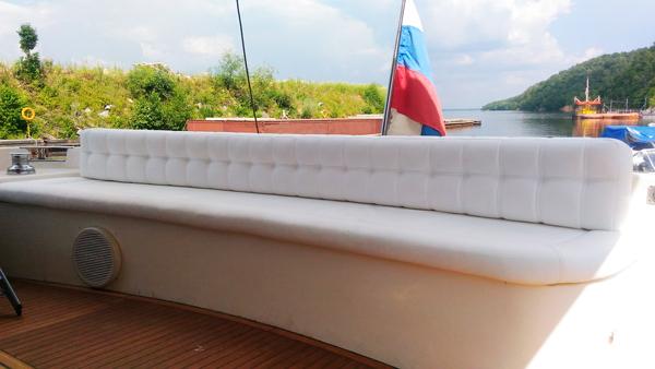 Перетяжка салона яхты - Ателье по коже