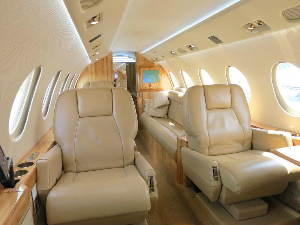 Перетяжка салона самолета — Ателье по коже Чебоксары