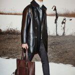 Кожаное пальто и кожаный плащ — актуальный вариант одежды