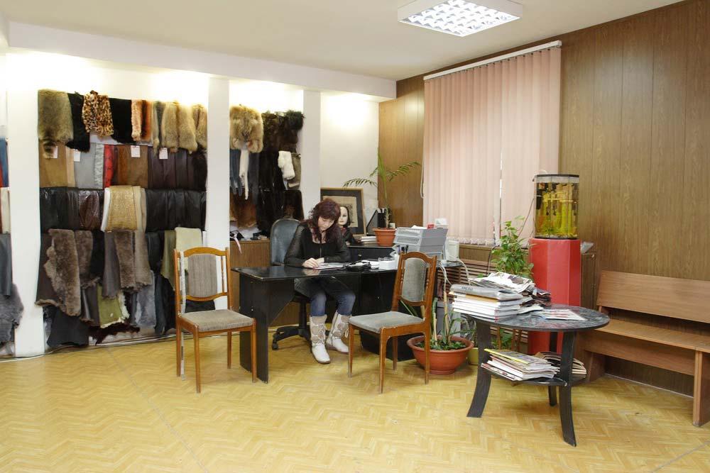 Пункт приемки и выдачи заказов в ателье по пошиву и ремонту одежды
