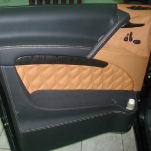 Перетяжка дверей автомобиля — Ателье по коже