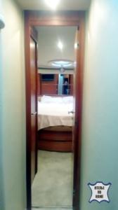 Перетяжка стеновых панелей на яхтах и катерах - Ателье по коже