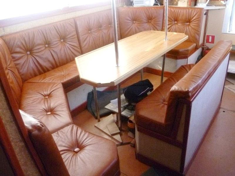 Перетяжка салона яхты — «Ателье по коже»