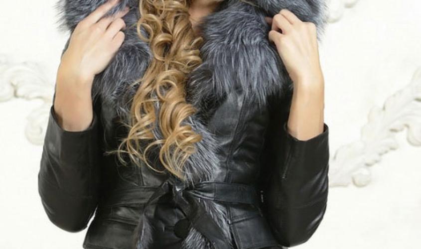Женская кожаная куртка на зиму с капюшоном
