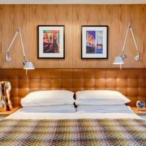 Каретная стяжка квадратами для изголовья кровати — Ателье по коже